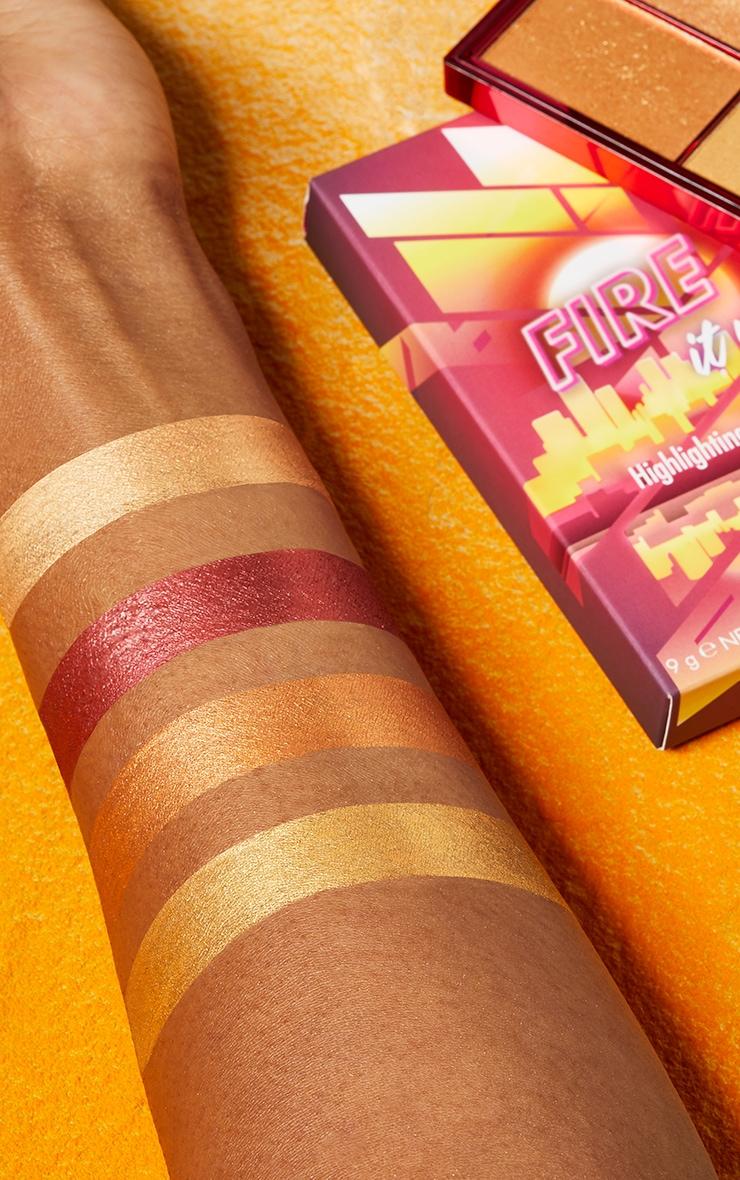 Sleek MakeUP Highlighting Palette Fire It Up 4