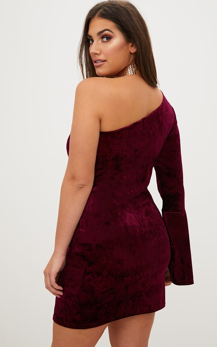 Plus Burgundy Crushed Velvet One Shoulder Bodycon Dress 2