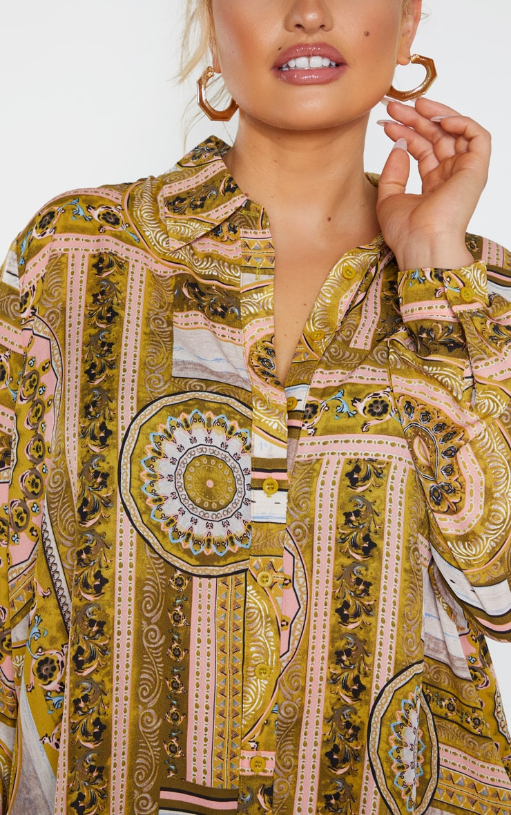 Plus Multi Chain Print Oversized Shirt 5