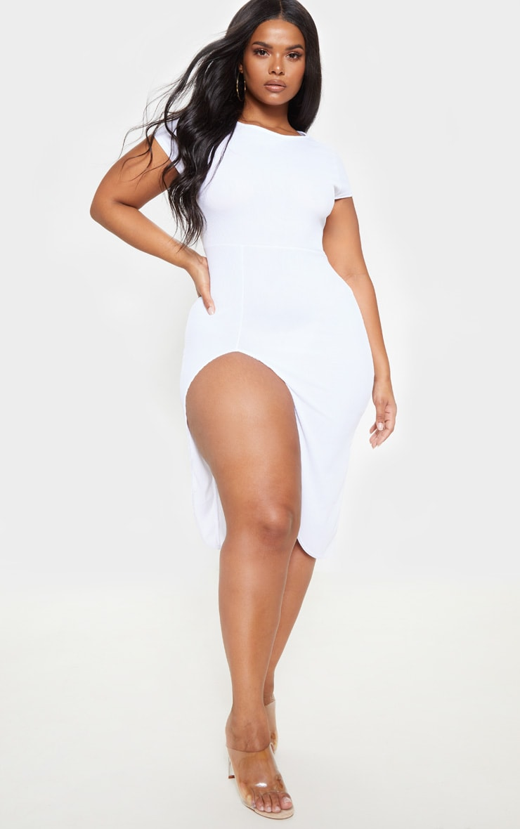 PLT Plus - Robe mi-longue blanche côtelée à manches courtes fendues 1
