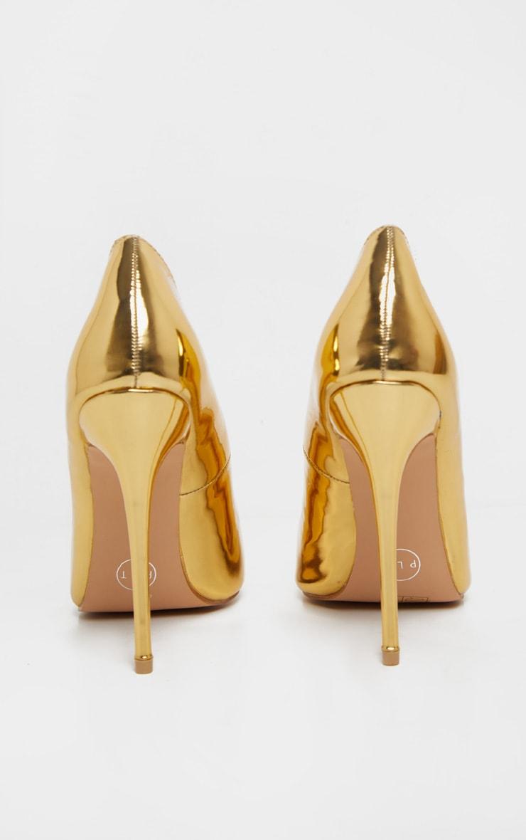 Gold Court Shoes 4