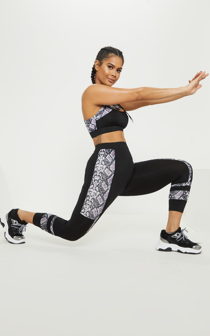 Black Snake Stripe Panel 3/4 Gym Legging 6