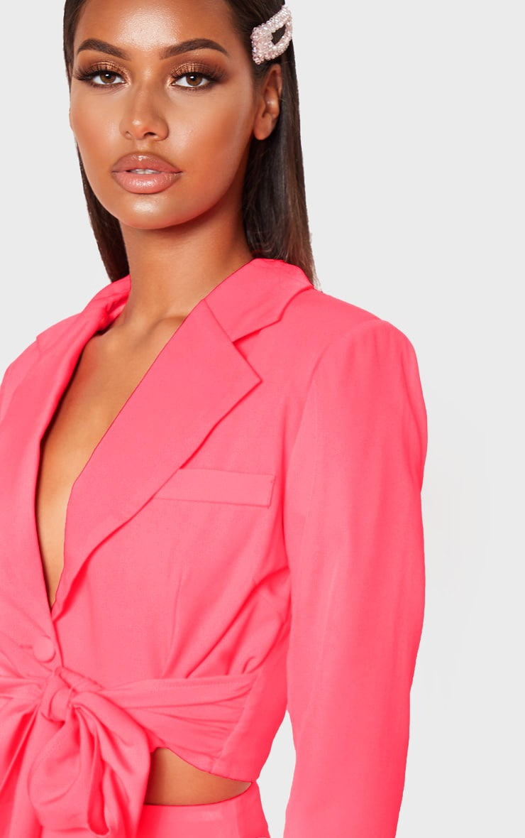 Coral Belted Cropped Woven Blazer    5