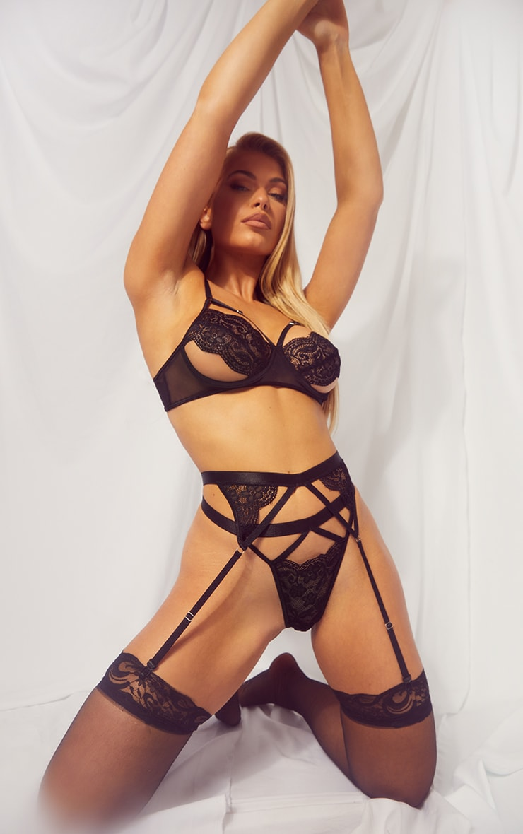 Black Underwired Harness Cut Out Lace 3 Piece Lingerie Set 3