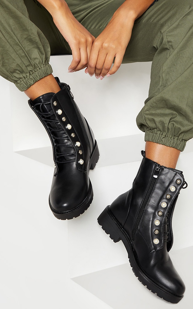 Black Pearl Studded Biker Boot Shoes Prettylittlething Ie