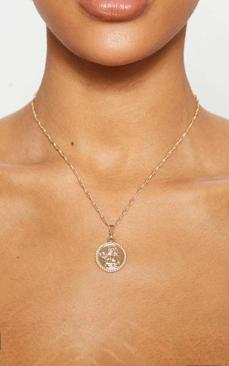 Gold Cherub Round Pendant Necklace 2