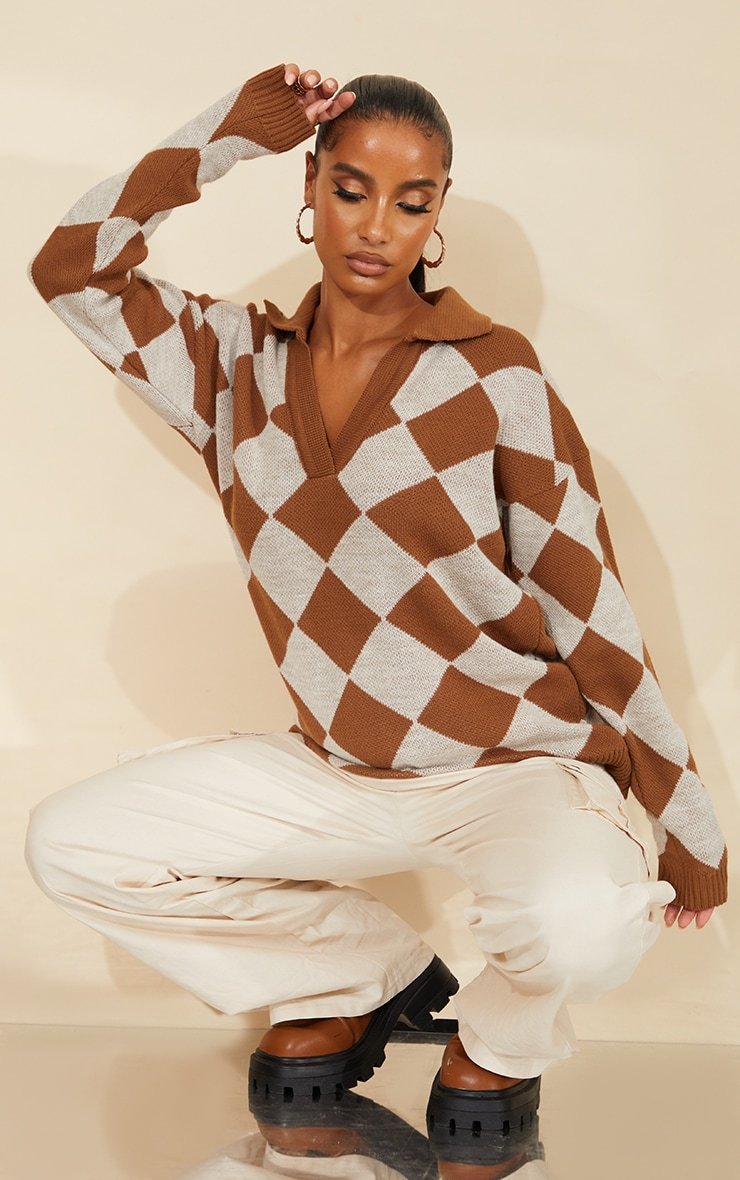Brown Argyle Pattern Knitted Collared Sweater 3