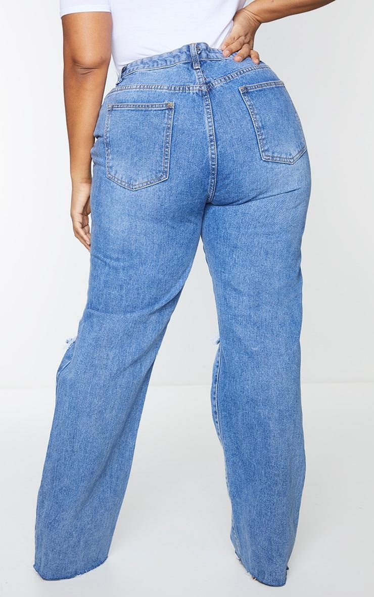 PRETTYLITTLETHING Plus Mid Blue Wash Distressed Long Leg Straight Jean 3