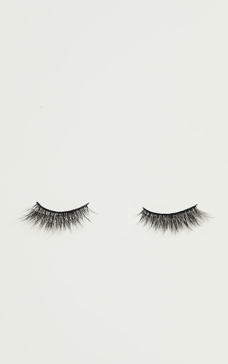 Land of Lashes Enchant Lash 3