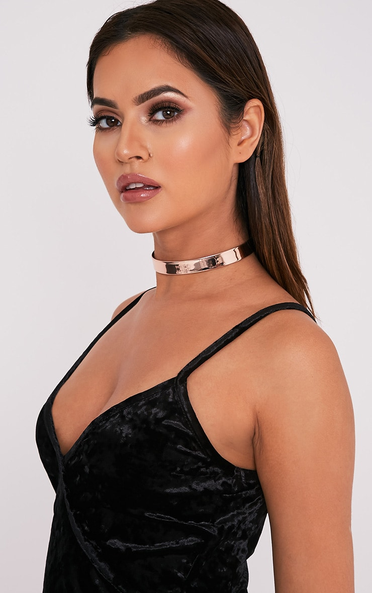 Tegan Rose Gold Holographic Choker 3