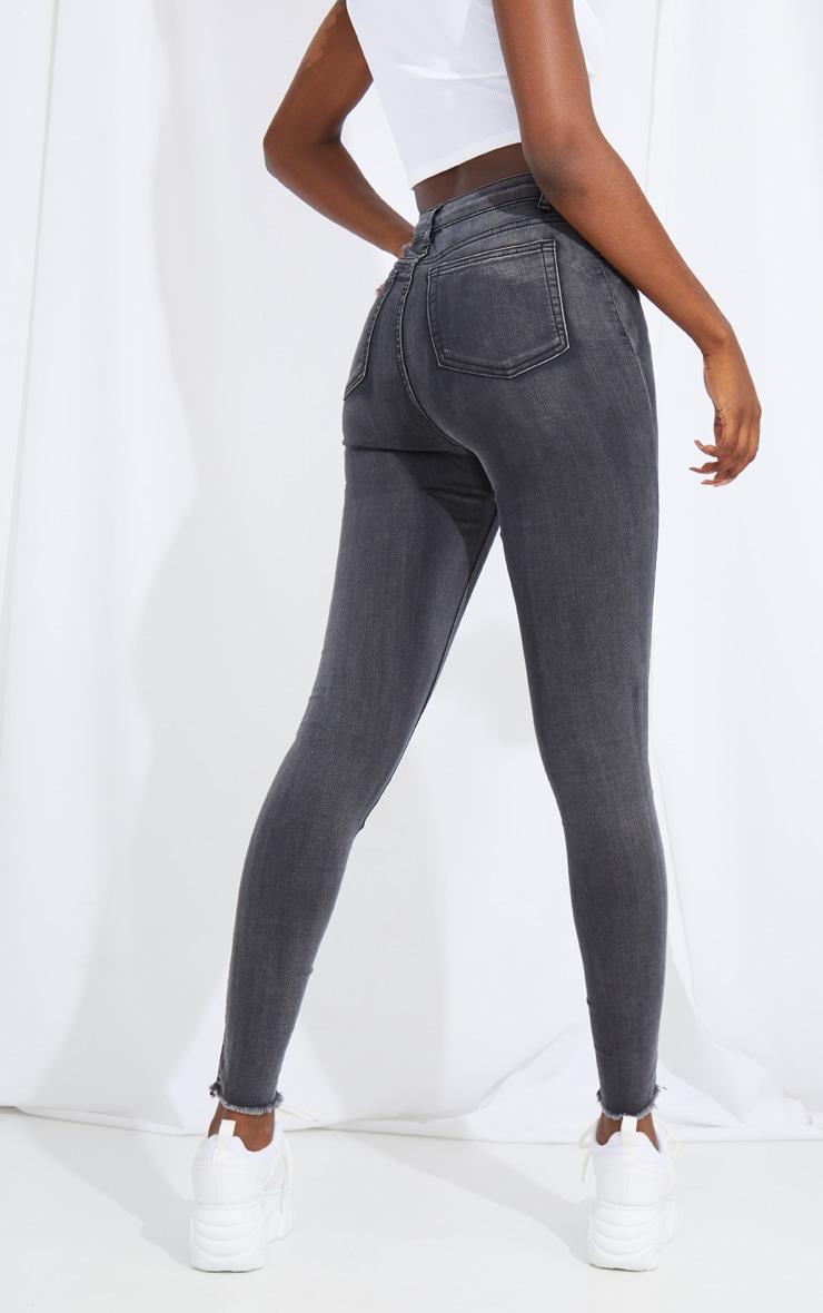 PRETTYLITTLETHING Tall Washed Black Thigh Rip Raw Hem 5 Pocket Skinny Jeans 3