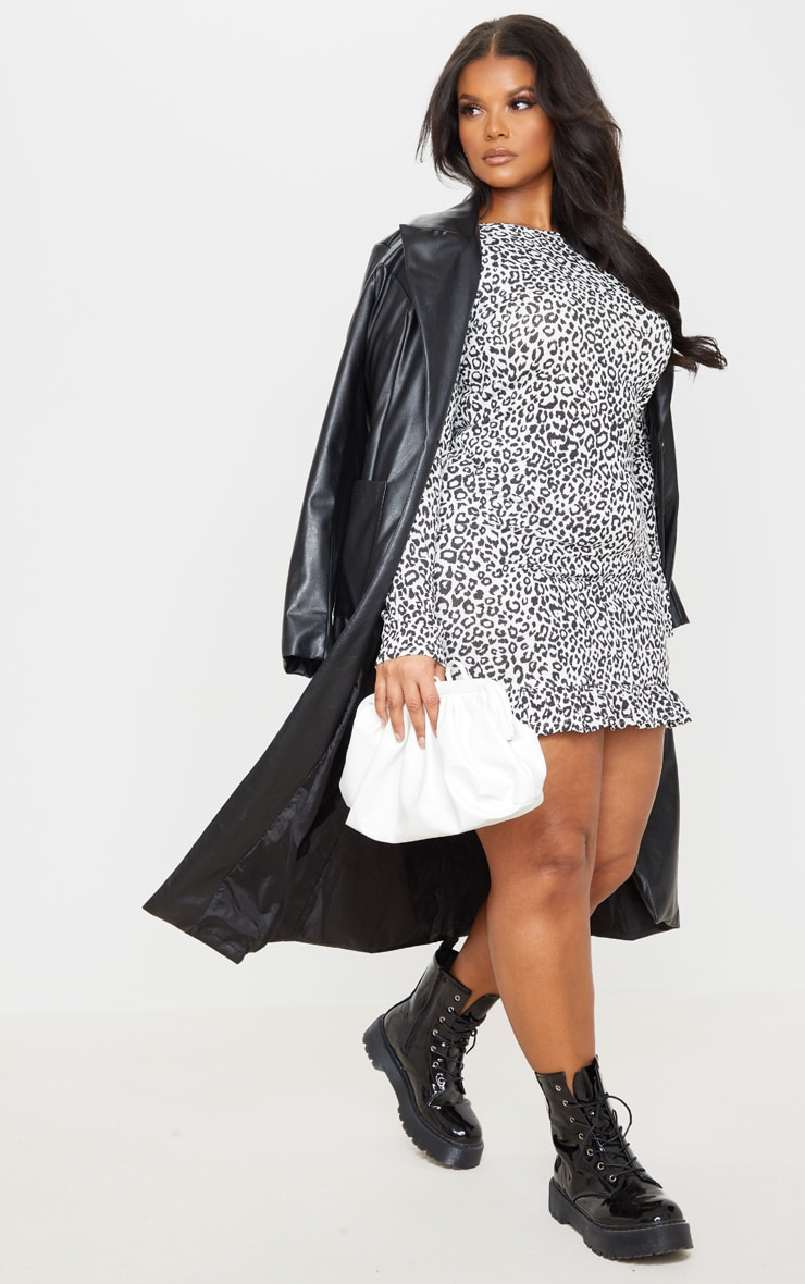 Plus Monochrome Leopard Print Long Sleeve Frill Hem Shift Dress 3