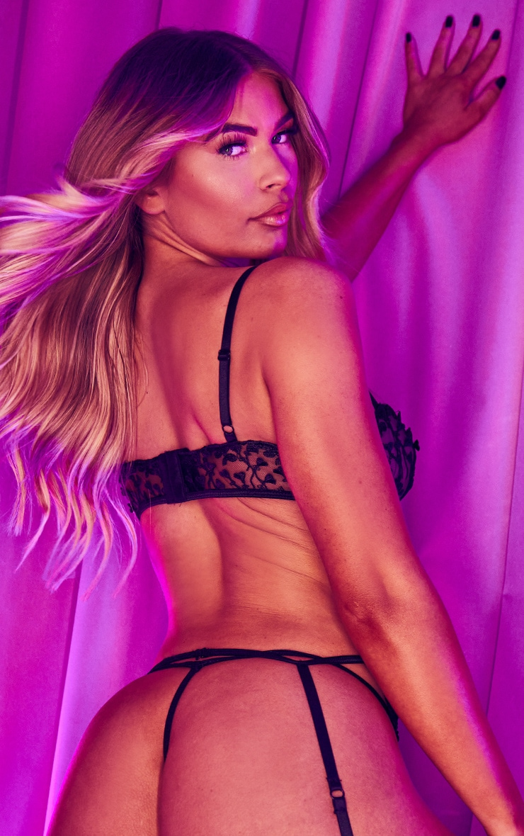 Black Heart Lace Strappy Thong 2