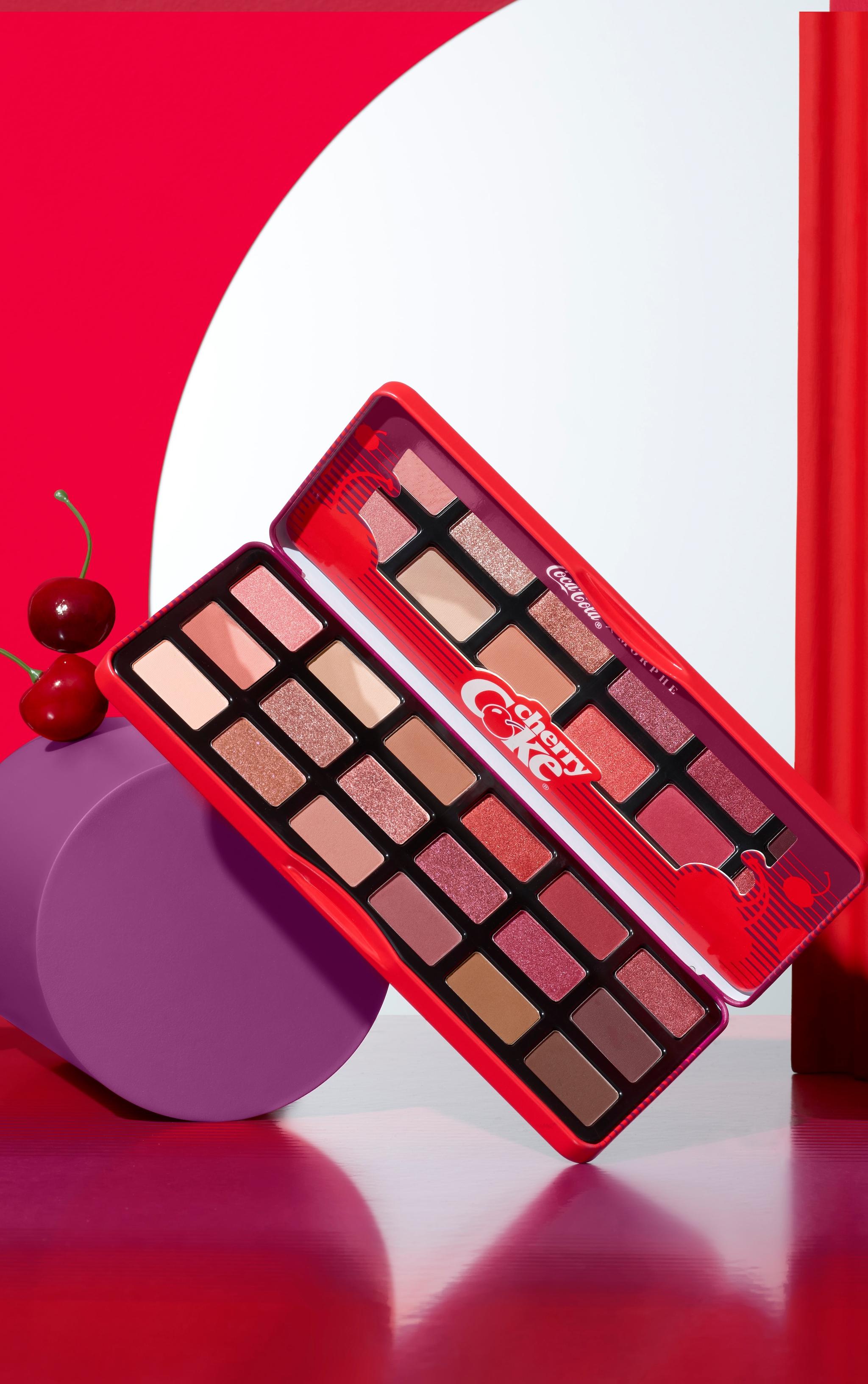 Coca-Cola X Morphe Cherry Coke Artistry Palette 1