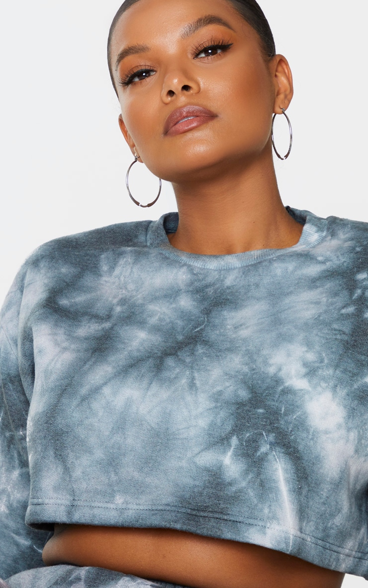 Plus Black Tie Dye Extreme Cropped Sweater 4