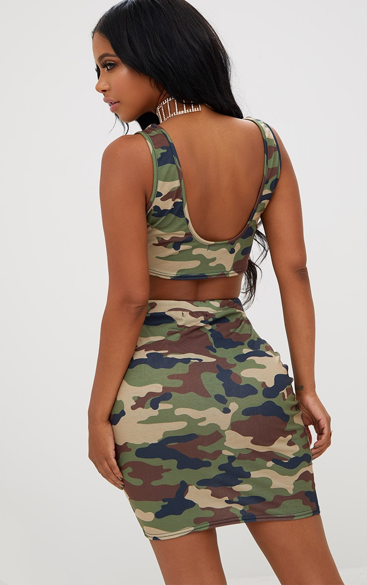 Shape Camo Crop Top 2