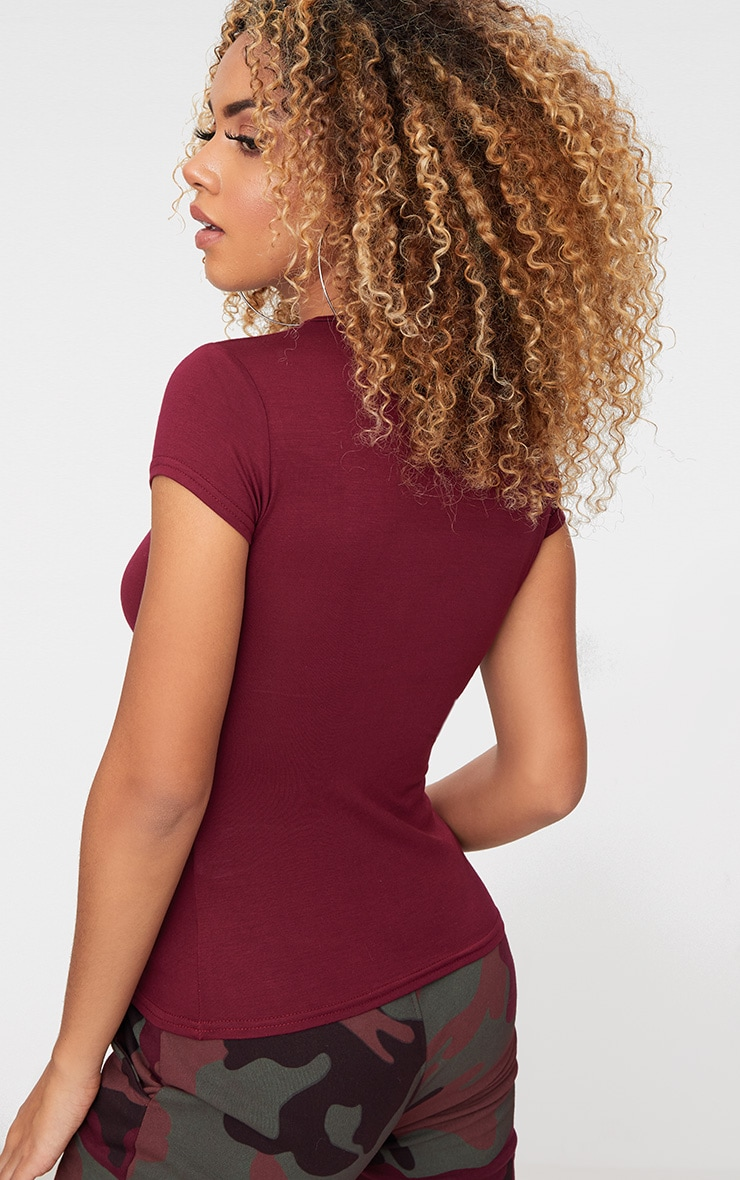 Basic Maroon Crew Neck Fitted T Shirt  2