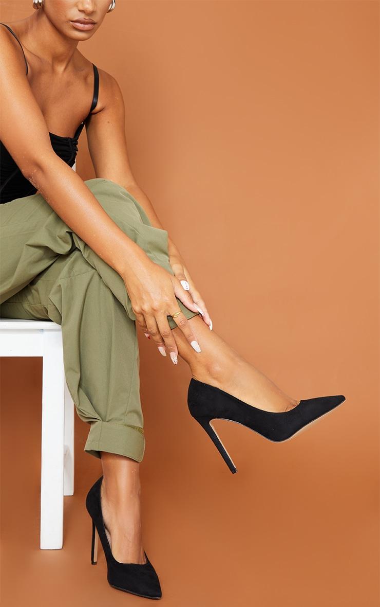 Black Heeled Court Shoes 1
