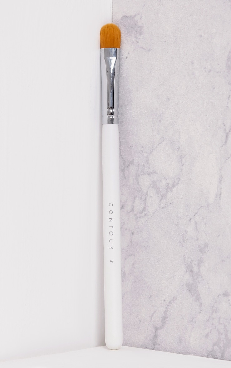 Contour Cosmetics Silver Sculpting Brush 2
