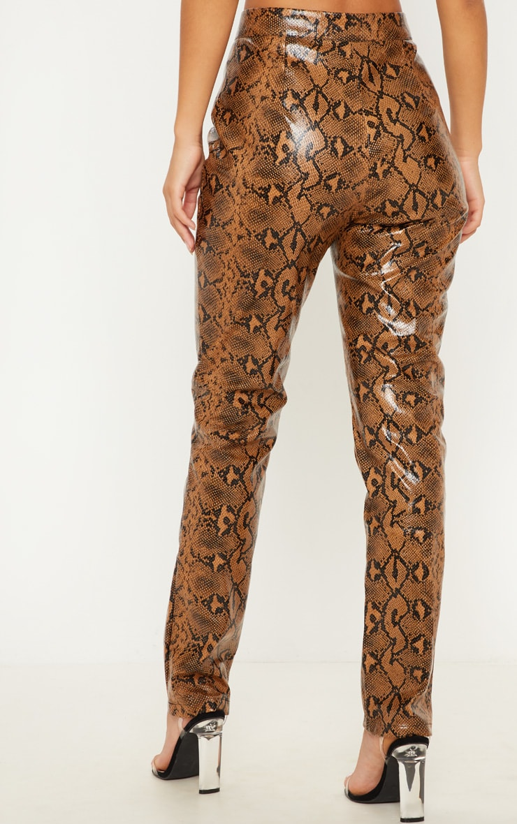 Pantalon droit en similicuir serpent marron 4