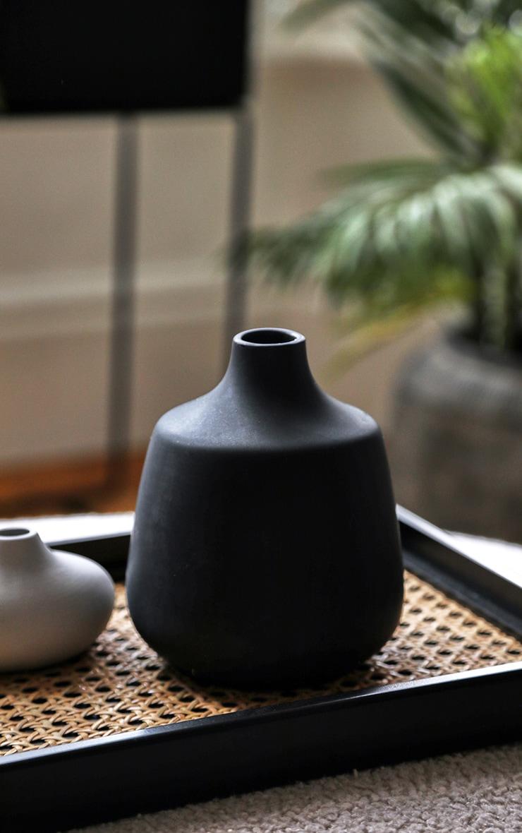 Black Rounded Small Neck Vase 3