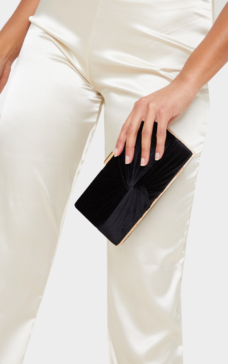 Black Velvet Knotted Front Box Clutch 2