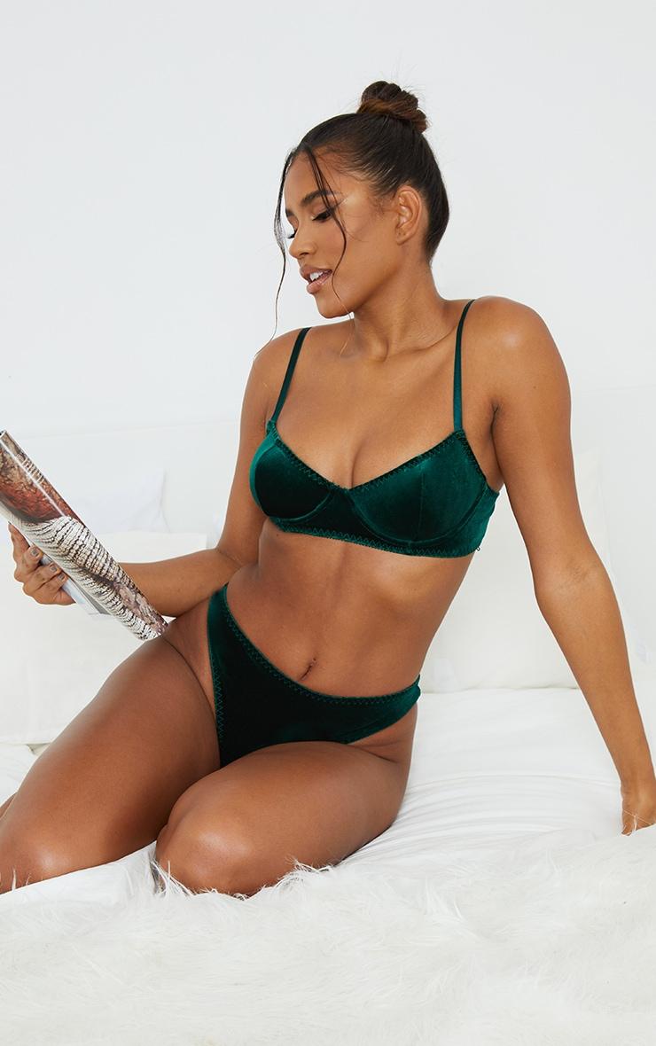 Green Underwired Velvet Bra 3