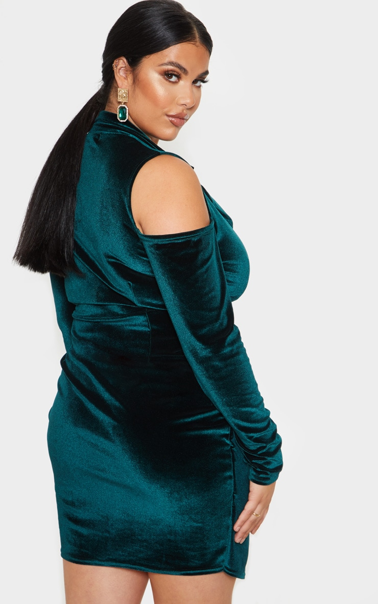 Plus Emerald Green Velvet Cold Shoulder Blazer Dress 2