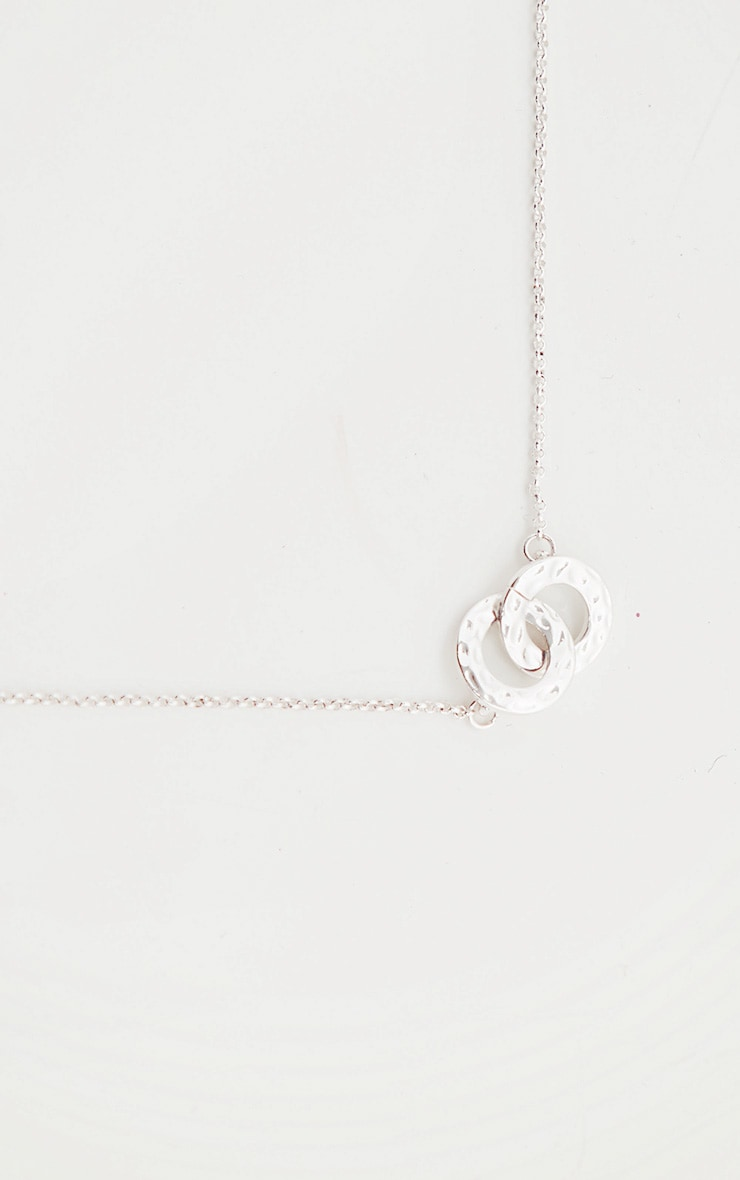 Silver Double Circle Link Pendant Necklace 3