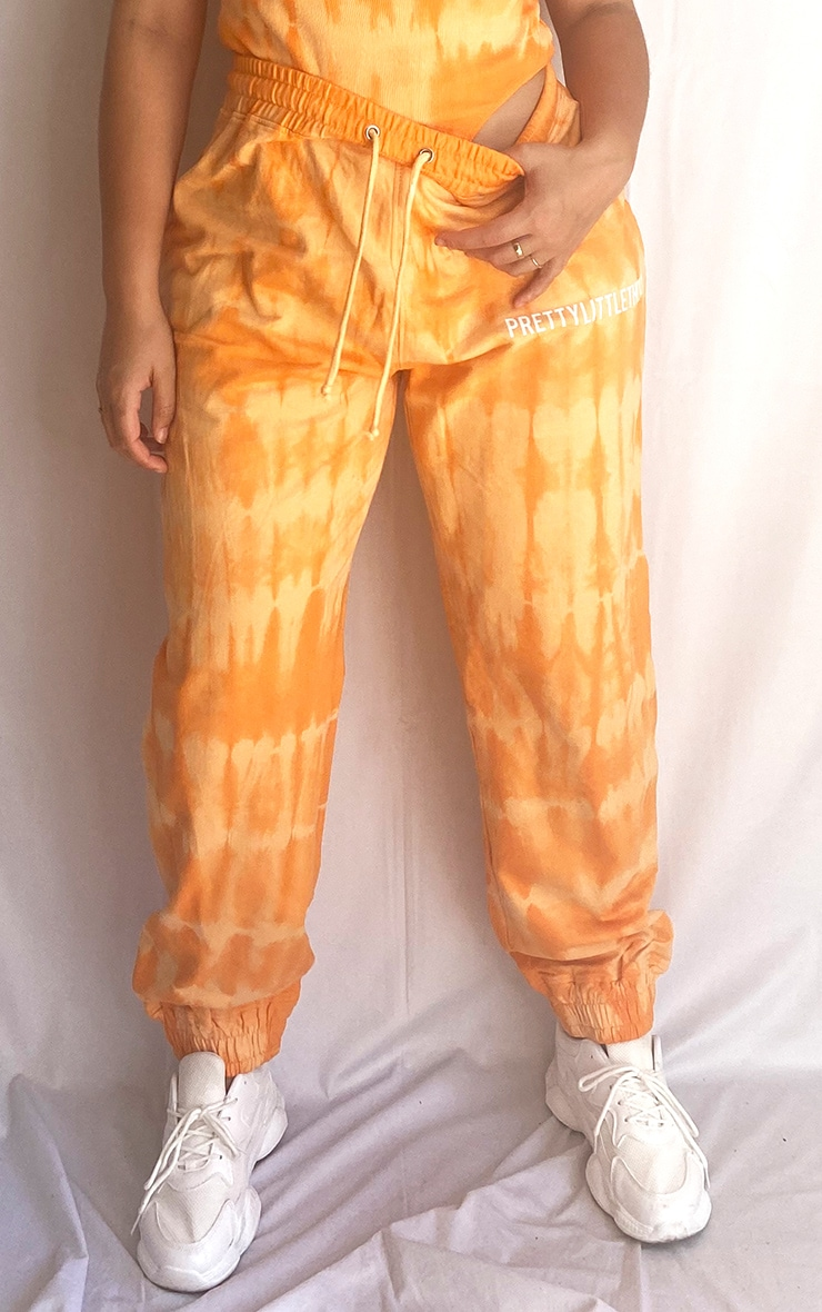 PRETTYLITTLETHING Plus Orange Tie Dye Washed Jogger 2