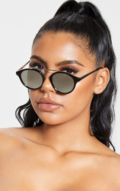 726c2ca26f585 Black On Black Silver Brow Bar Round Sunglasses