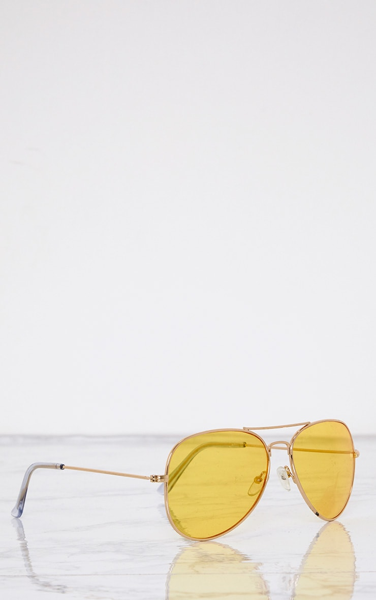 Kelie Yellow Tinted Lens Aviators 4