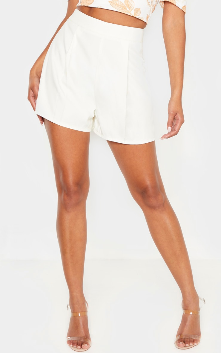 White Woven Pleat Front Tailored Short  2