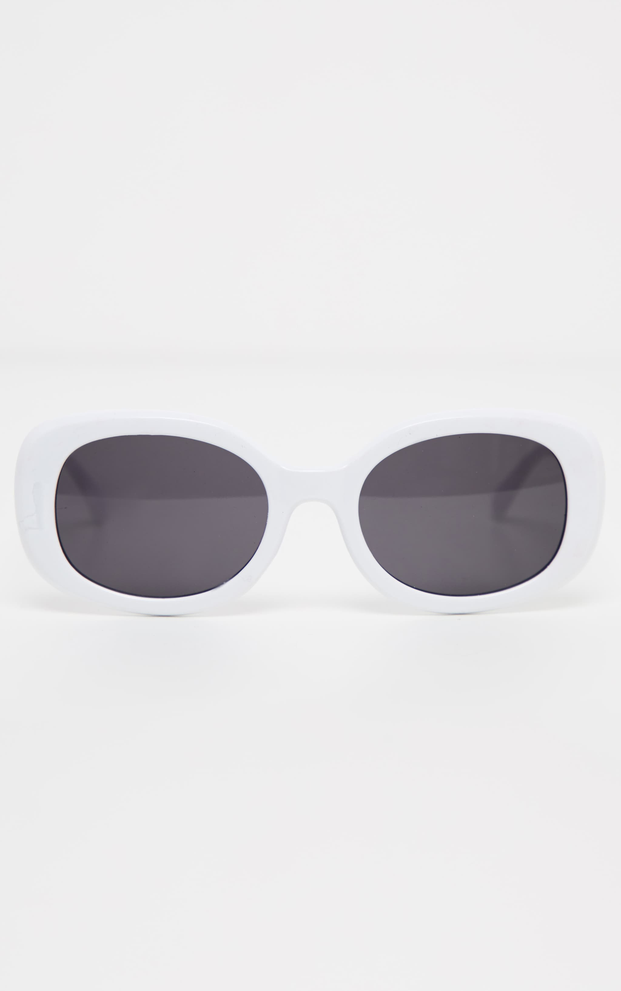 White Oval Shape Retro Sunglasses 3
