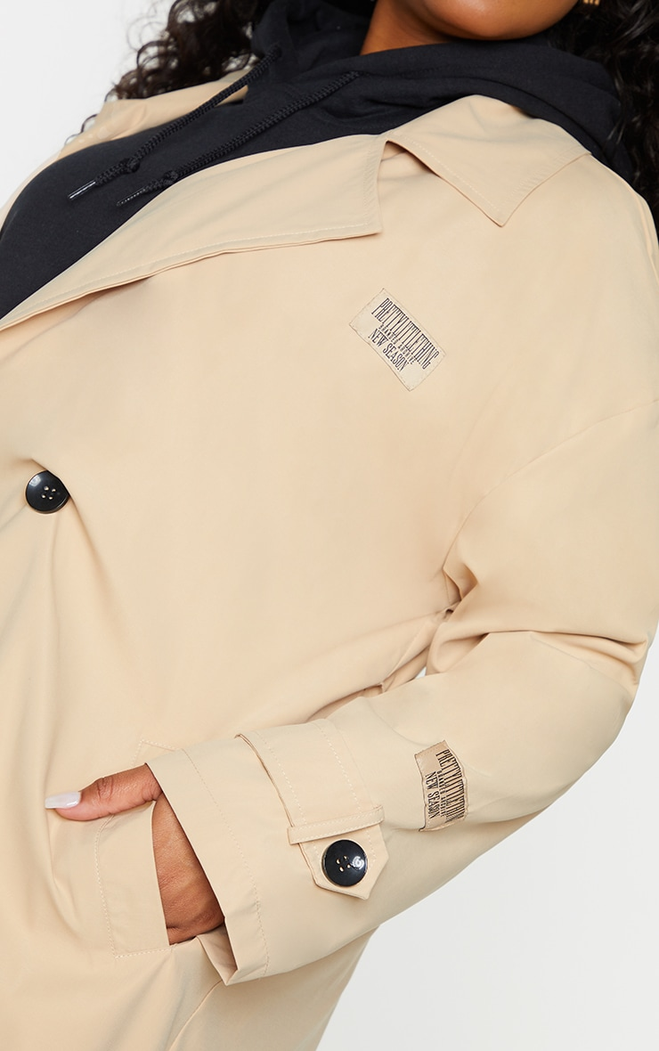 PRETTYLITTLETHING Plus Stone Branded Badge Trench Coat 4
