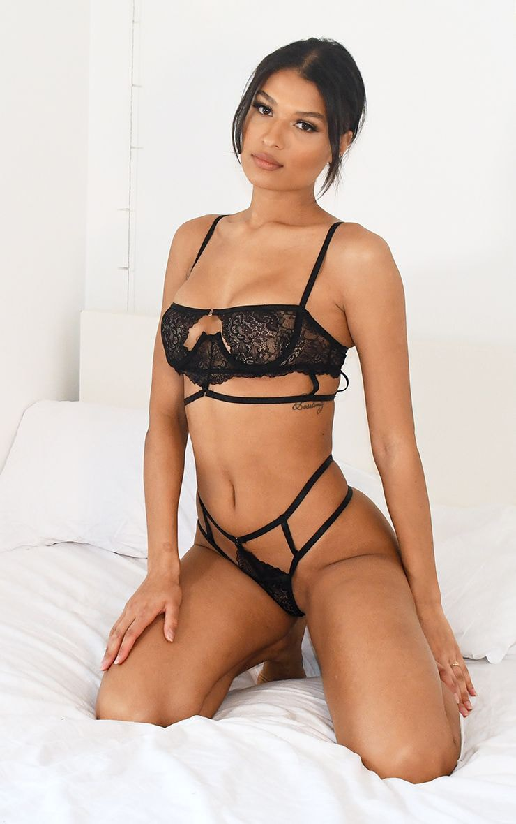 Black Cut Out Detail Strapping Underwired Lingerie Set 4
