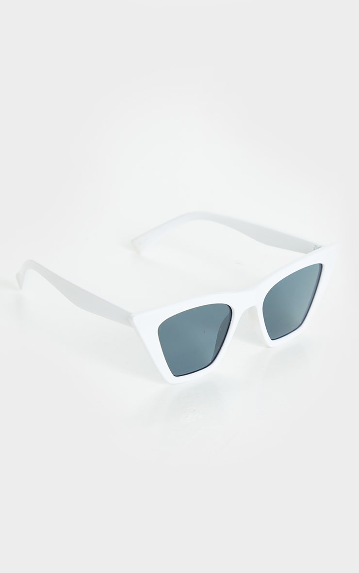 White Square Frame Cat Eye Sunglasses 2