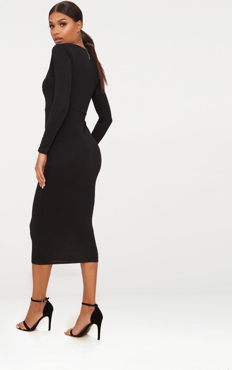 Robe mi-longue noire à manches longues et col carré 2