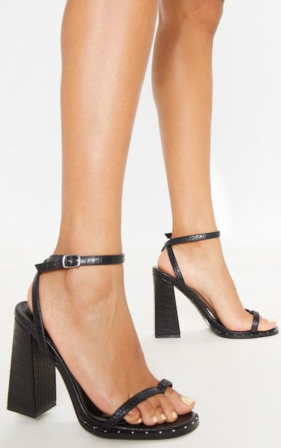 Black Toe Loop Block Heel Stud Detail Sandal