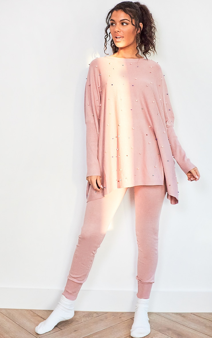 Pink Knitted Oversized Pearl Lounge Set 3