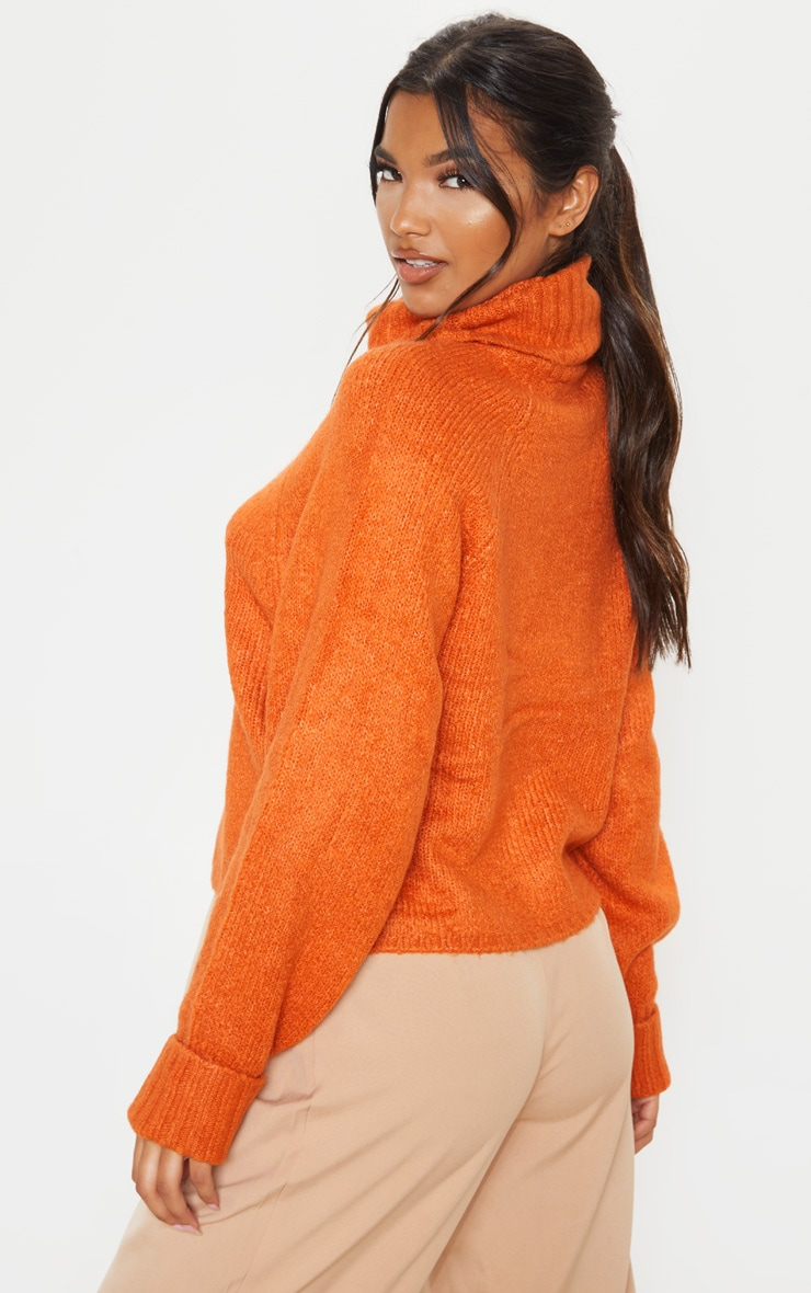 Pull en maille chunky moutarde à col roulé 2