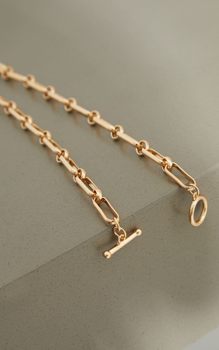 Gold Square Link T Bar Necklace 4