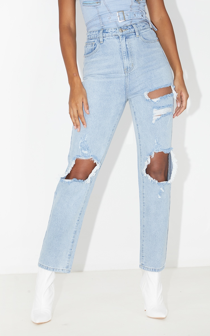 PRETTYLITTLETHING Light Wash Distressed Straight Leg Jean 2