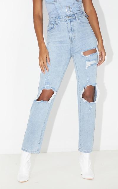 PRETTYLITTLETHING Light Wash Distressed Straight Leg Jean