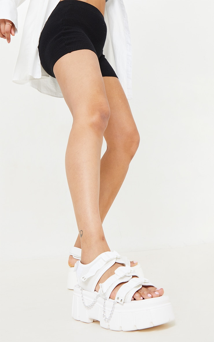 White Extreme Chunky Sole Clasp Chain Trim Sandals 2