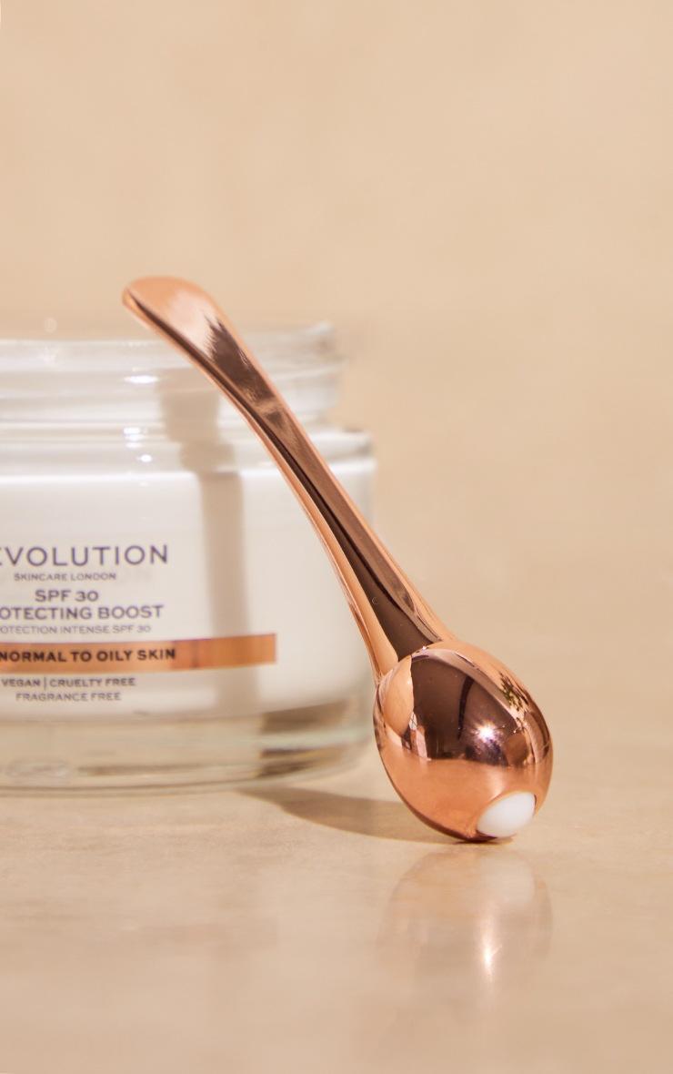 Revolution Skincare Cooling Eye Roller Ball 2