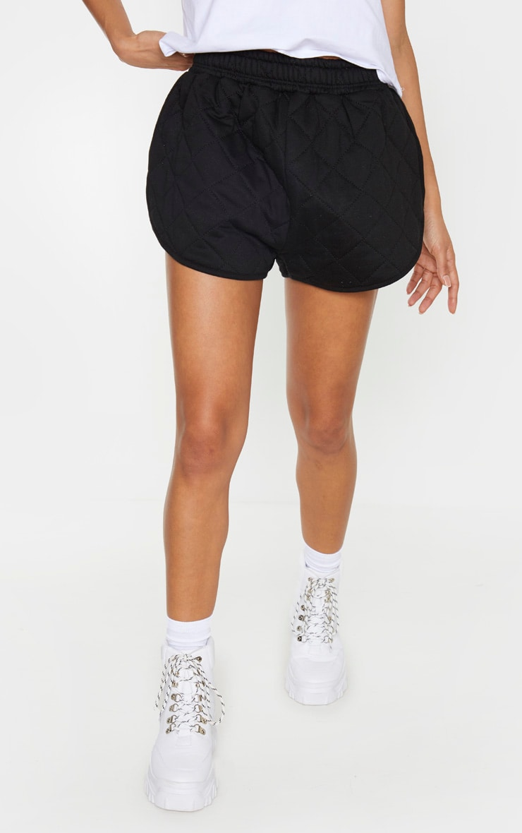 Black Quilted Runner Short 4