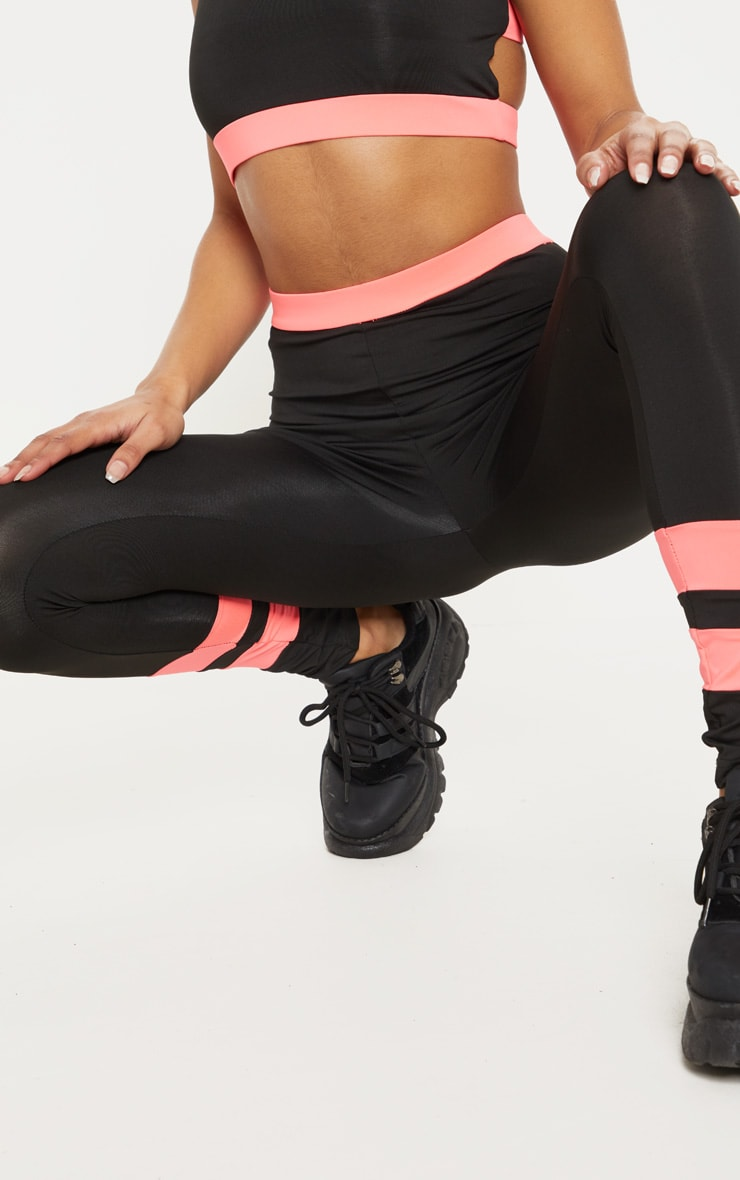 Black And Pink Contrast Legging  5