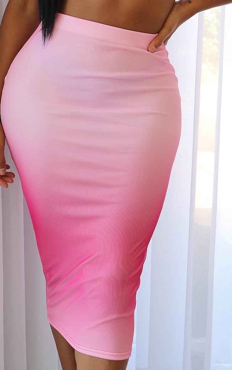 Shape - Jupe mi-longue en mesh rose dégradé 4