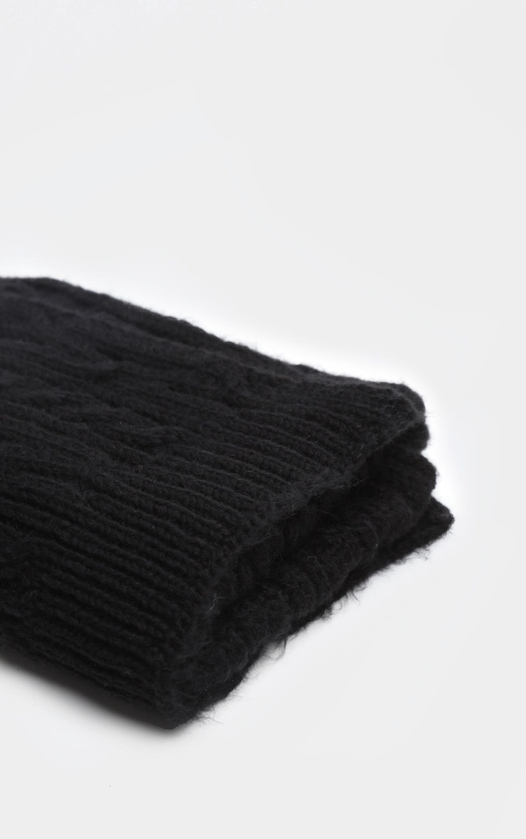 Black Cable Knit Scarf 3